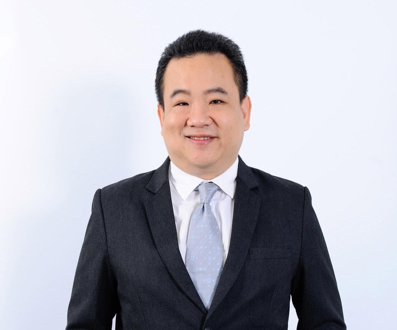 Dr.Nattapol Praditphonlert